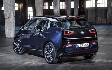 BMW i3 e i3s 2018: ¡Ahora con una versión deportiva en la gama!