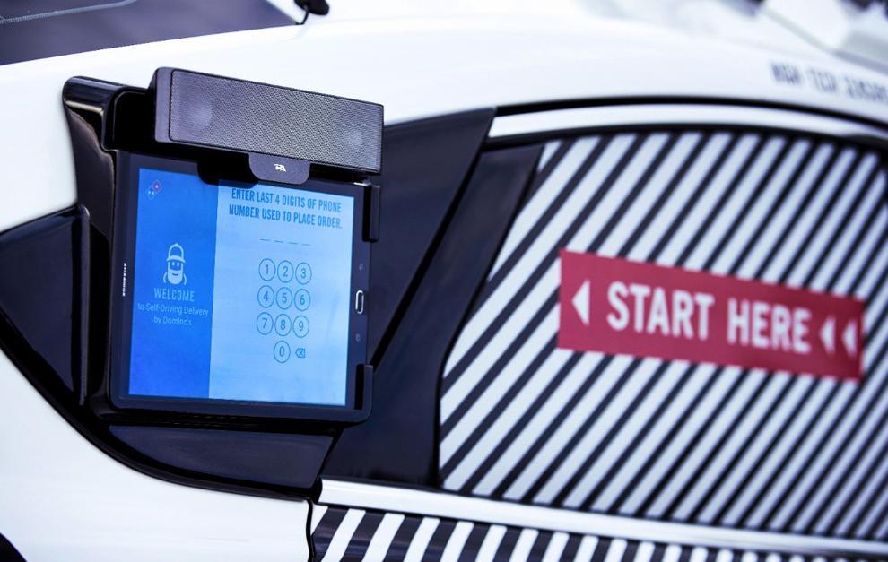 Ford inicia las pruebas con Domino's para el reparto de pizza en vehículos autónomos