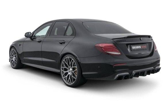 El BRABUS 800 nos deja el Mercedes Clase E en 800 CV y una estética brutal