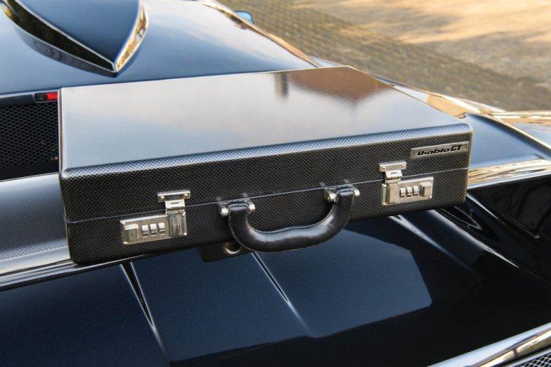 1 de los 80 Lamborghini Diablo GT de 1999 a subasta... ¡sólo 276 km!