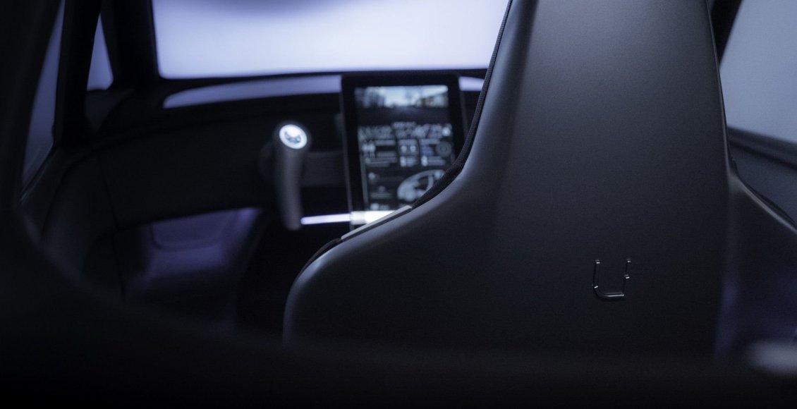 el-uniti-one-cuenta-con-300-km-de-autonomia-y-apunta-maneras-como-rival-de-smart-01