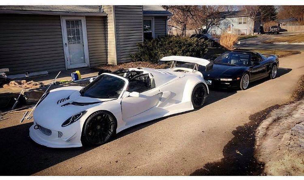 ¿Un Lotus Elise con el motor V10 del BMW M5? Alguien lo ha llevado a cabo