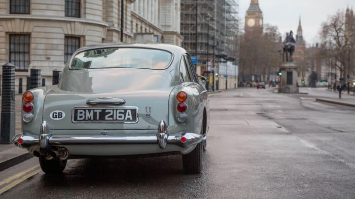 Aston Martin volverá a fabricar el DB5 'Goldfinger': Cada unidad costará 2,75 millones de libras