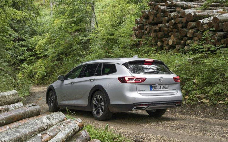 El Opel Insignia recibe el motor 1.6 Turbo de 200 CV