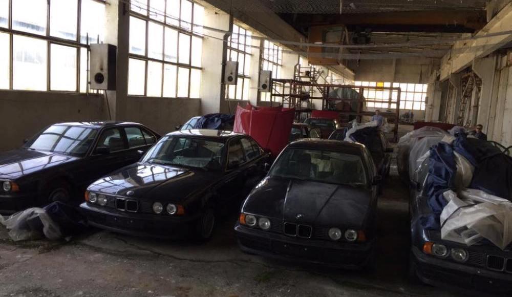 hallan-once-bmw-serie-5-e34-de-1994-sin-estrenar-en-bulgaria-20