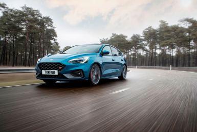 El Ford Focus ST 2019 alcanza los 280 CV en su versión gasolina 2.3 EcoBoost