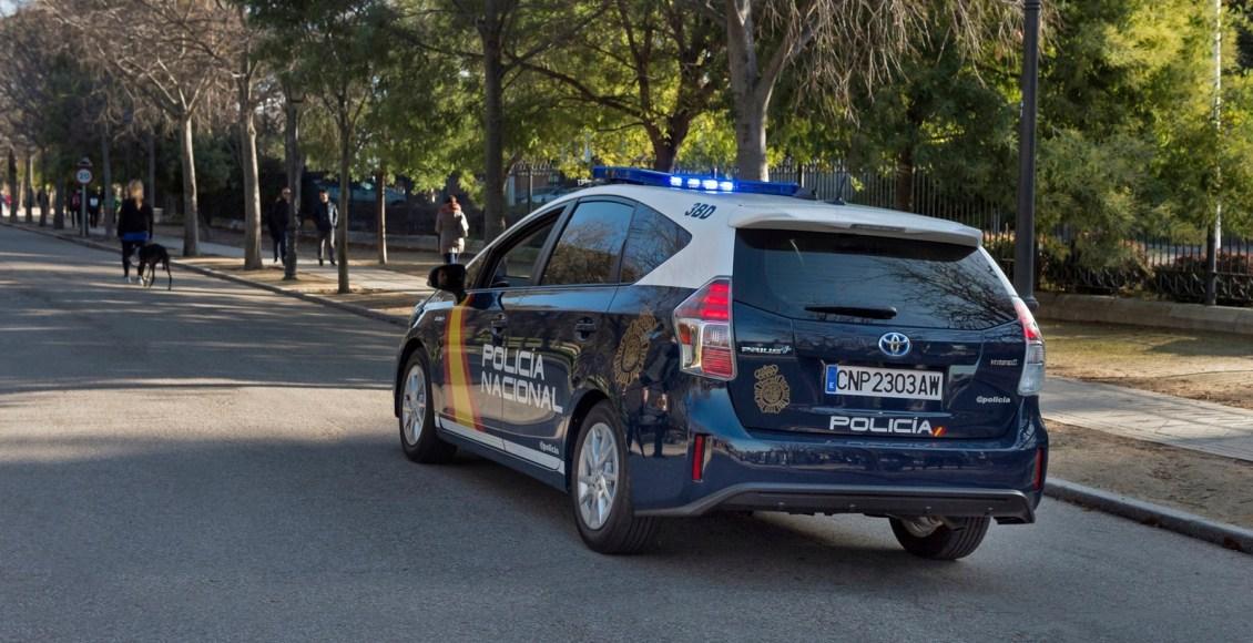 Toyota-Prius-Policía-Nacional-4