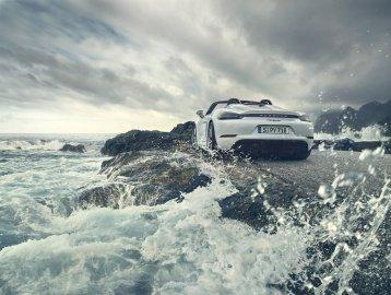 Porsche 718 Cayman GT4 y 718 Spyder GT4: Con motores atmosféricos de la vieja escuela