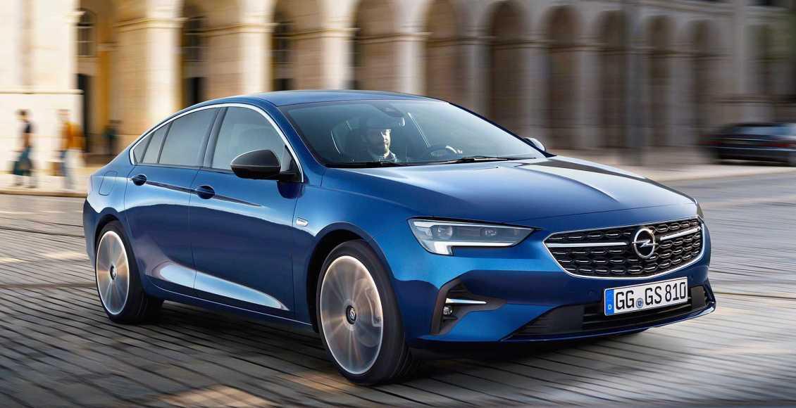 Opel-Insignia-2020-2