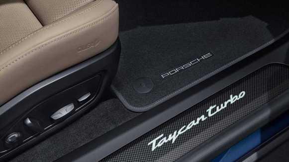 Porsche Taycan SportDesign Package Carbon: Te enamorará