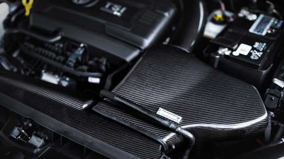 Mejor que el Volkswagen Golf R400 que no llegó: El Manhart RS450 llega con 450 CV