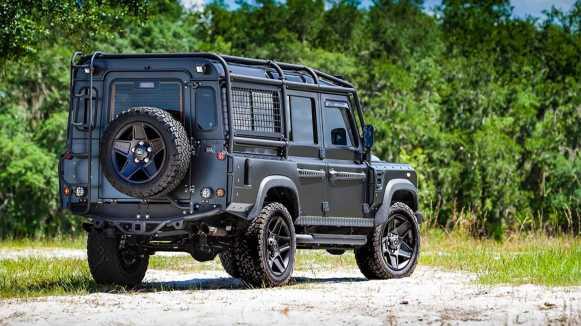 East Coast Defender ha hecho un Land Rover Defender 100% eléctrico con el motor de un Tesla