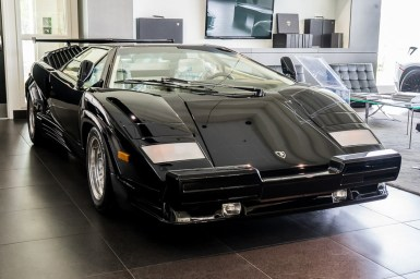 Este Lamborghini Countach 25th Anniversary de 1990 sólo tiene 135  km: Ahora busca dueño