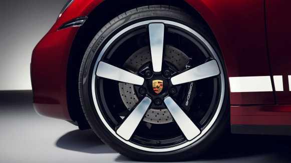 Porsche 911 Targa 4S Heritage Design Edition: ¡Vuelta a los años 50!