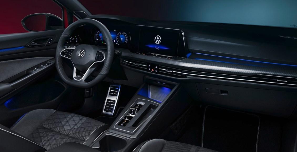 Volkswagen-Golf-Variant-16