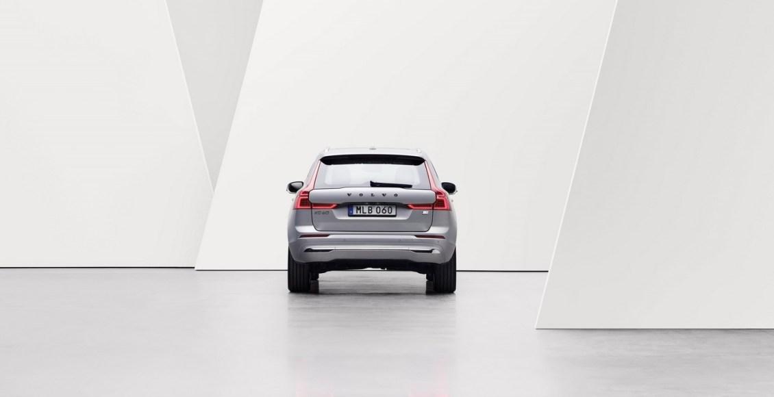 Volvo-XC60-2022-15