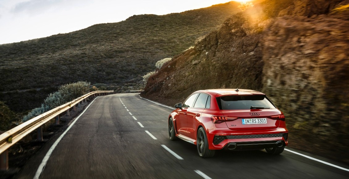 Audi-RS3-2021-5
