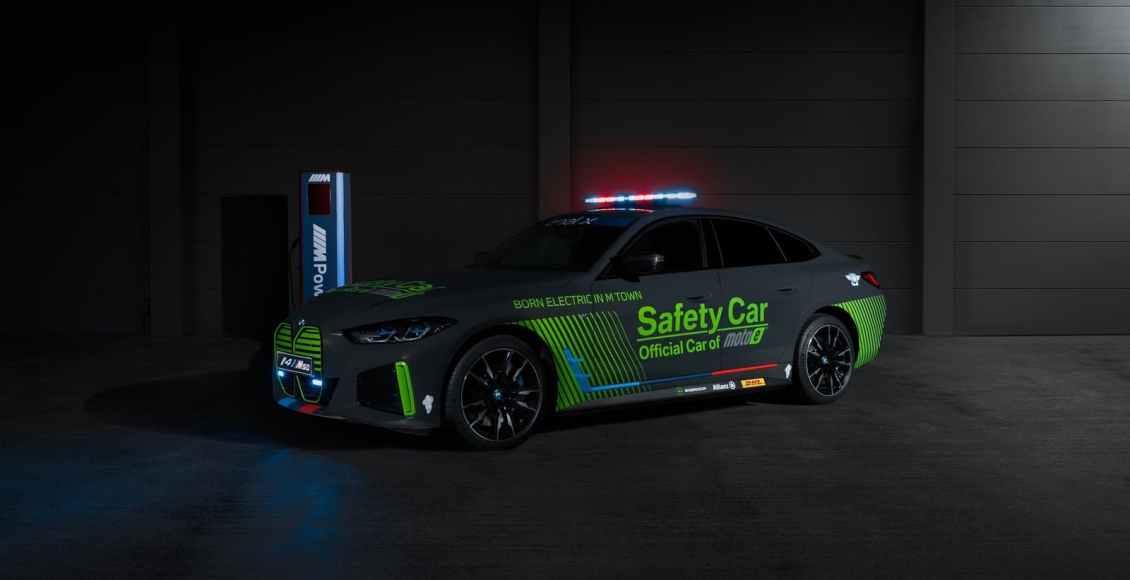 BMW-i4-M50-Safety-Car-2