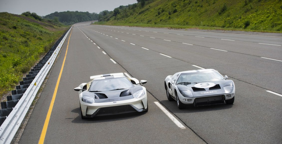 Ford-GT-Heritage-Edition-2022-11