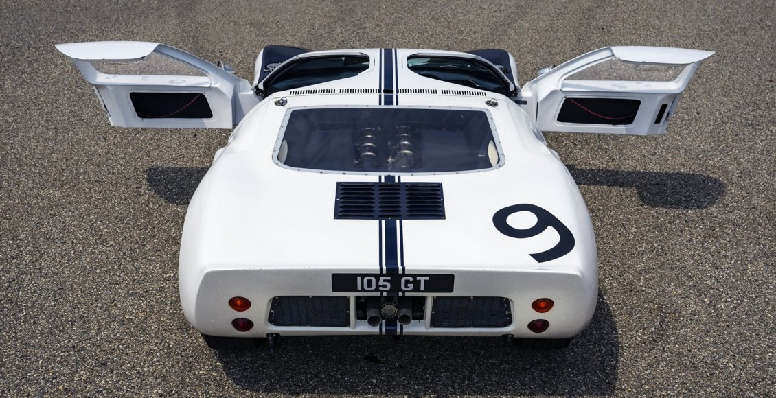 Ford-GT-Heritage-Edition-2022-15
