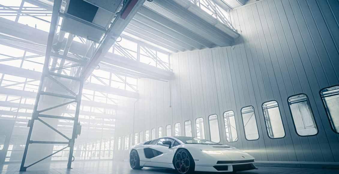 Lamborghini-Countach-2021-20