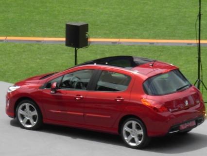 Fotos espía: Peugeot 308 CC y 308 SW