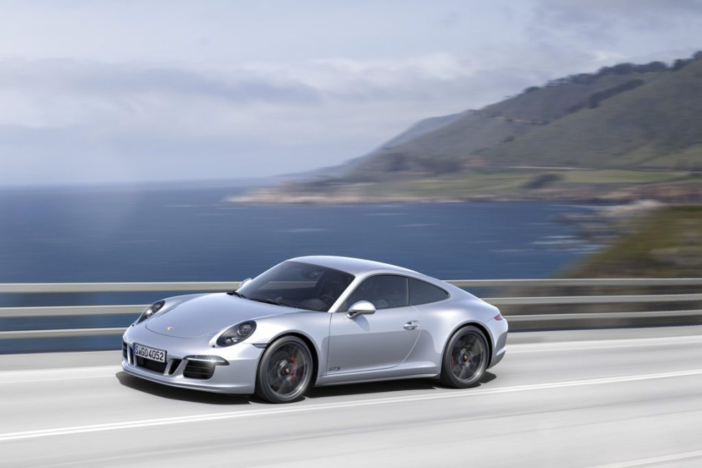 PORSCHE 911- CARRERA 4 GTS (5)