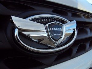 2015-Hyundai-Genesis-FrontCoupe