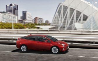 Toyota Prius-(2)