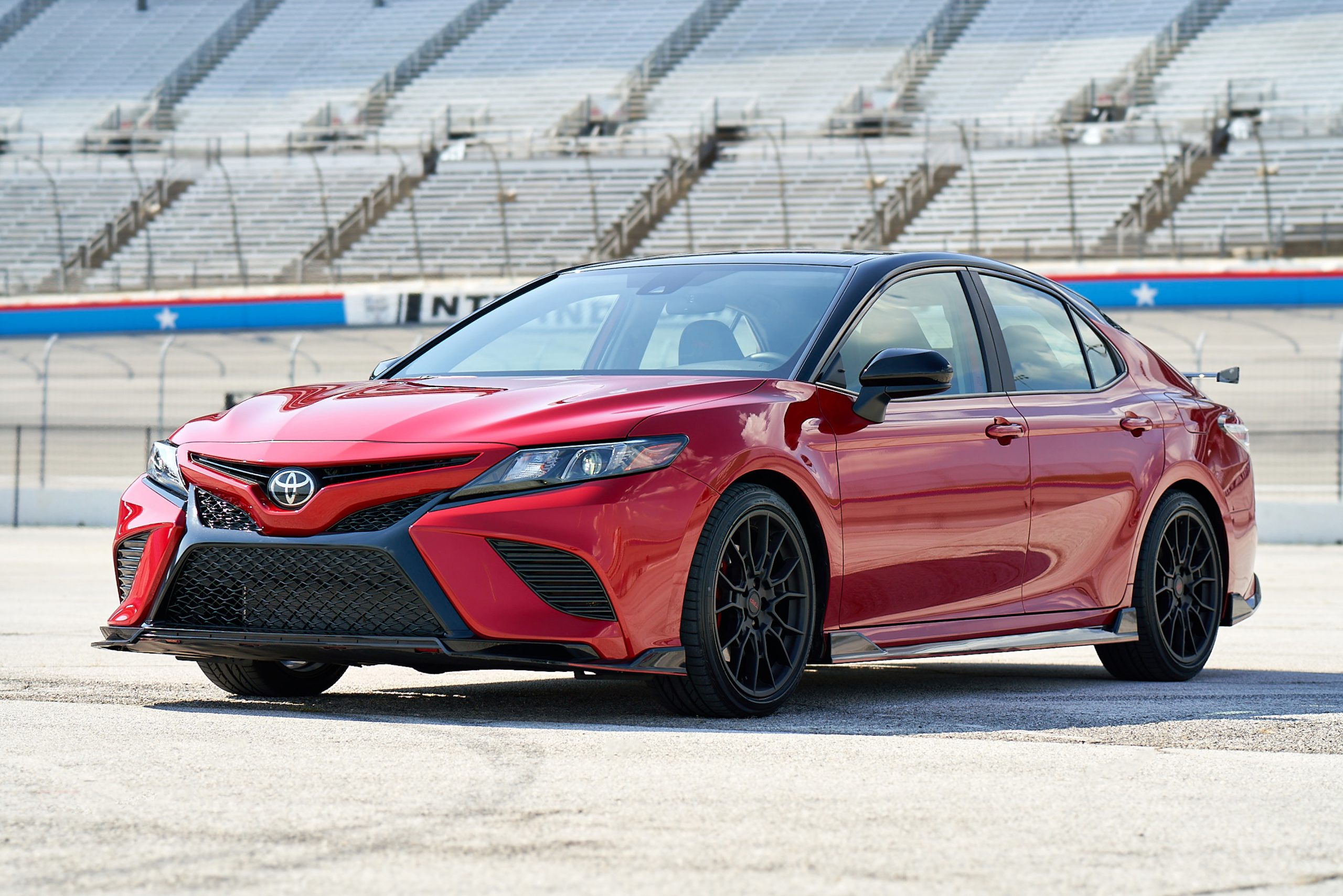 3 reasons the 2020 toyota camry trd is