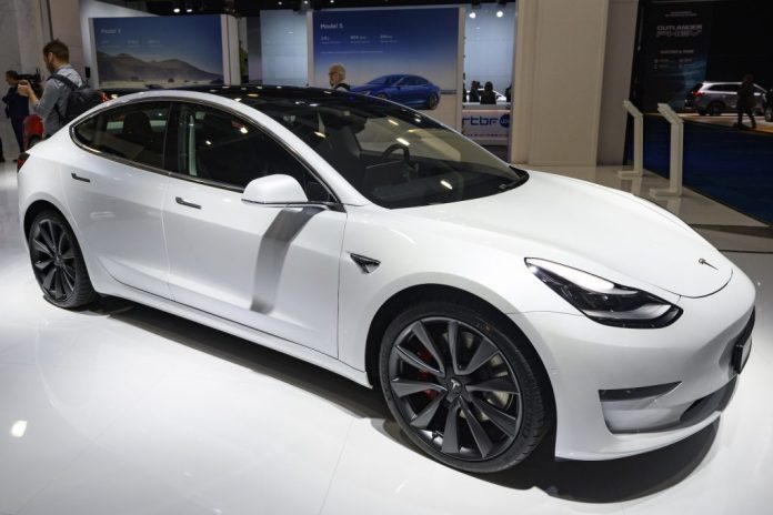 A Brand New Tesla Model 3 For 25 000 Here S How
