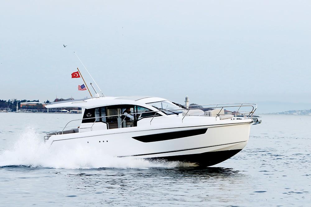 Sealine 330 - Trio Deniz Araçları