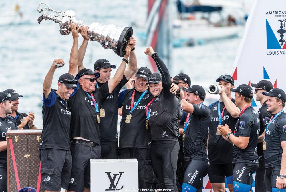 35. America's Cup Kiwi'lerin