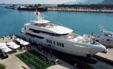 CMB Yachts'ın yeni megayat Liquid Sky suya indi