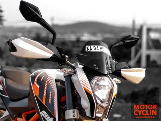 KTM Duke 390 photos handguards