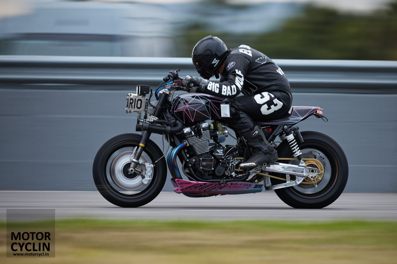 Yamaha Yard Built XJR1300 Big Bad Wolf