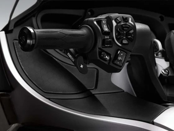 2014-cam-am-spyder-roadster-RT_LTD_SE6 Transmission_14