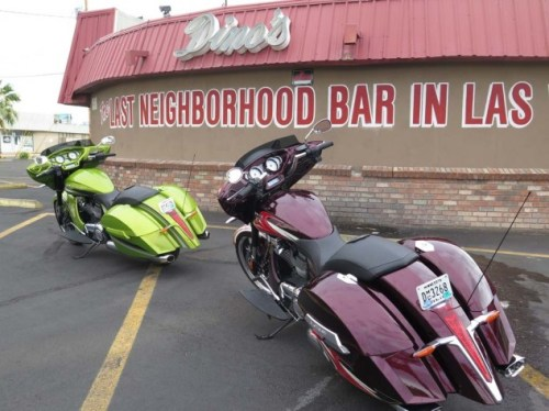 The Last Neighborhood Bar in Las Vegas was shut right up, which gave us the perfect excuse to stand around in the parking lot and kvetch. Some H-D loyalists would never stand for the loose gas tank/ seat interface on the Victory.