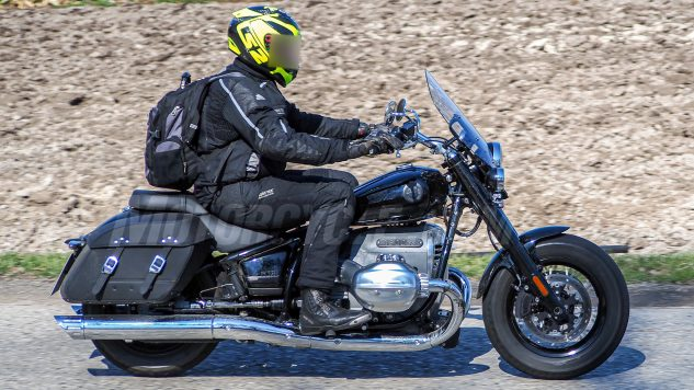 2021 BMW R18 Touring Version Spied 2
