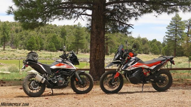 ktm 390 adventure vs 790 adventure r