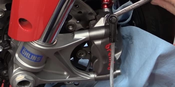 How To Bleed Motorcycle Brakes From Empty