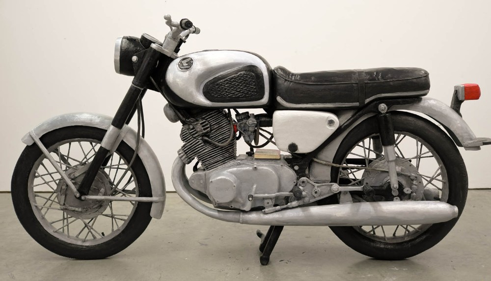 medium resolution of however the honda is an exception to the rule for the positioning of the footrests seat and straight bars are such that one is leaning slightly into the