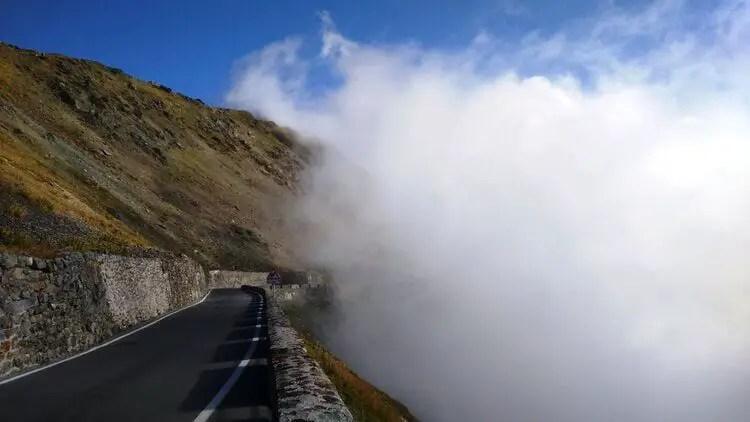 fog climbing in mountains