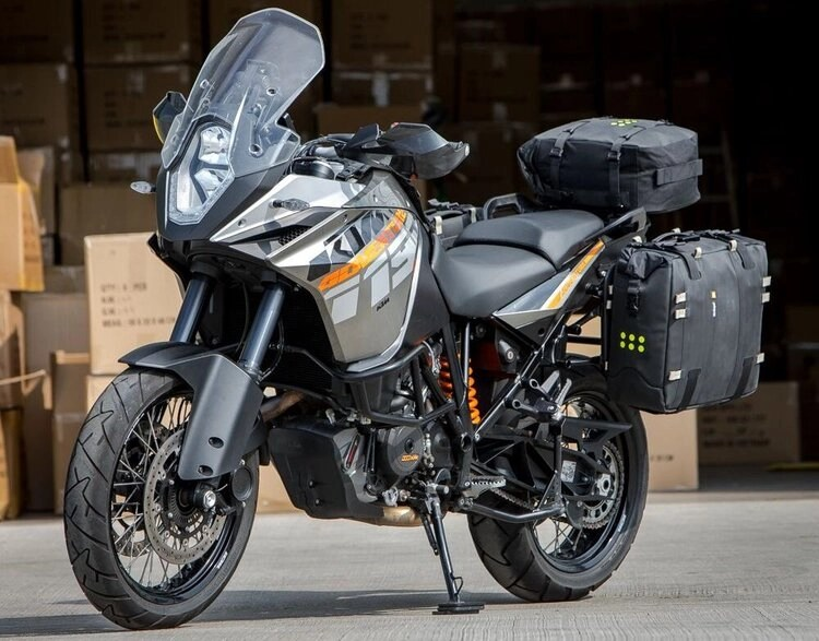 ktm-with-soft-panniers-and-topbox