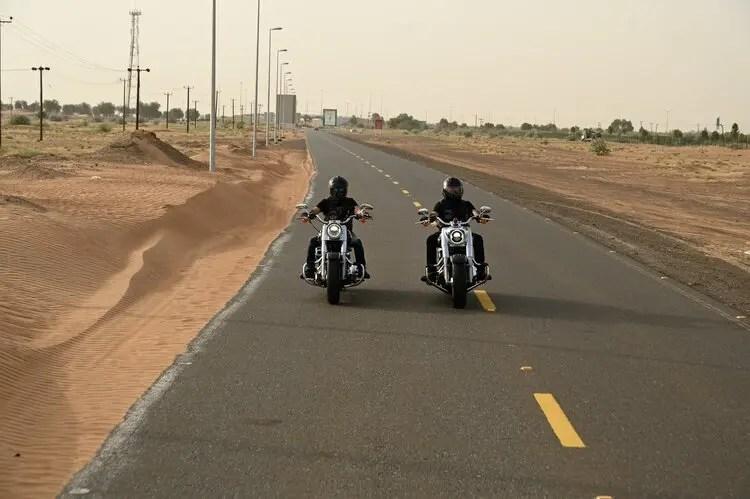 motorcycle touring etiquette - lane-sharing