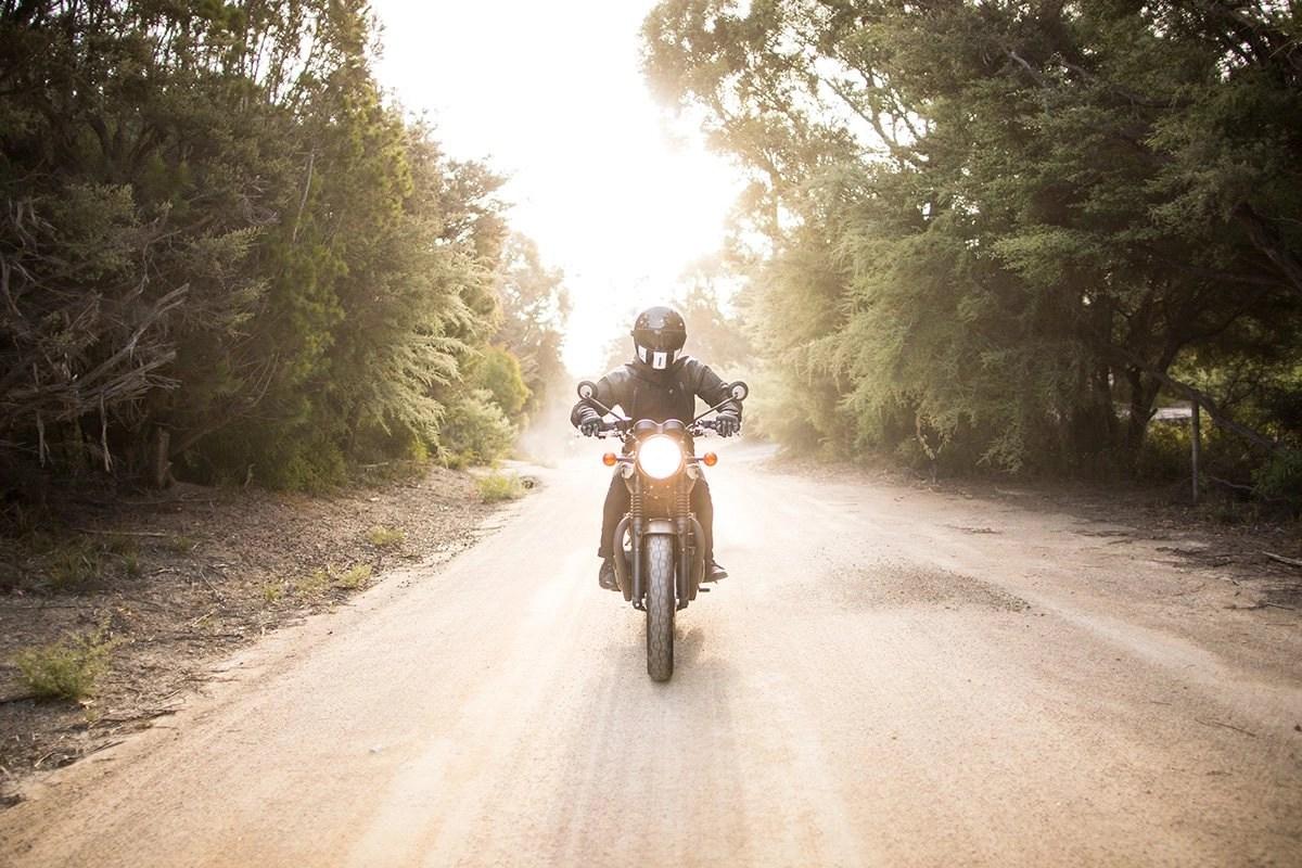 motorcycle riding tips & tricks