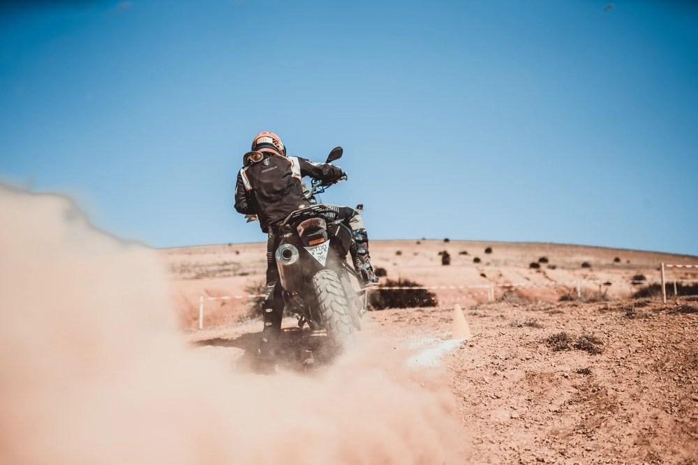motorcycle in desert - motorcycle cooling vests
