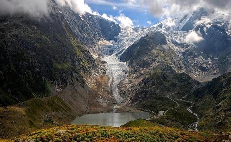 riding susten pass - epic scenery