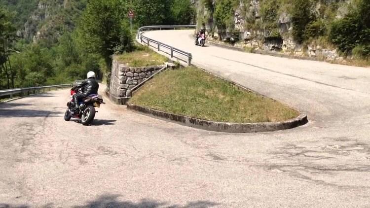 motorcycle stelvio pass