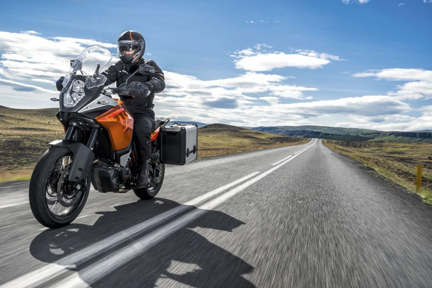 ktm 1190 - how to test ride a motorcycle